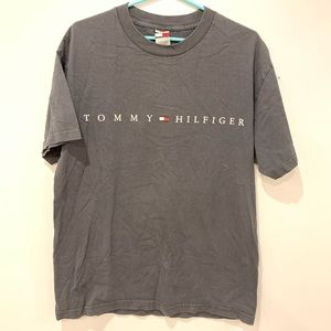 Vintage Tommy Hilfiger tshirt size L